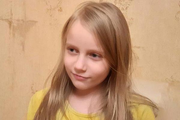 """Восьмилетняя москвичка, успешно сдавшая ЕГЭ, трудоустроилась в """"Пятёрочку"""""""